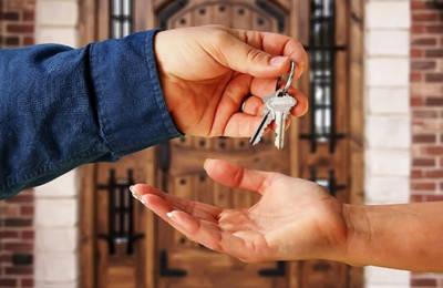Право проживания в квартире собственника